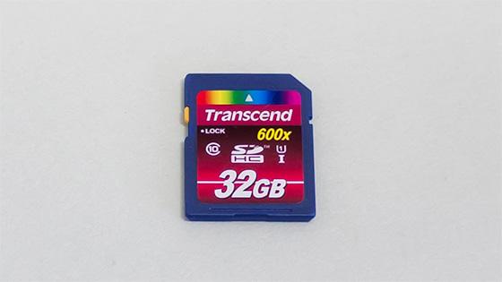 SDHC-UHS-I-32GB-03